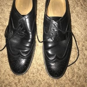 J&M lightly used black wing tips 10M